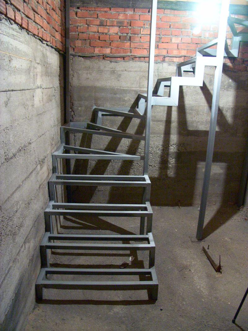 Лестница из металла и бетона своими руками 24